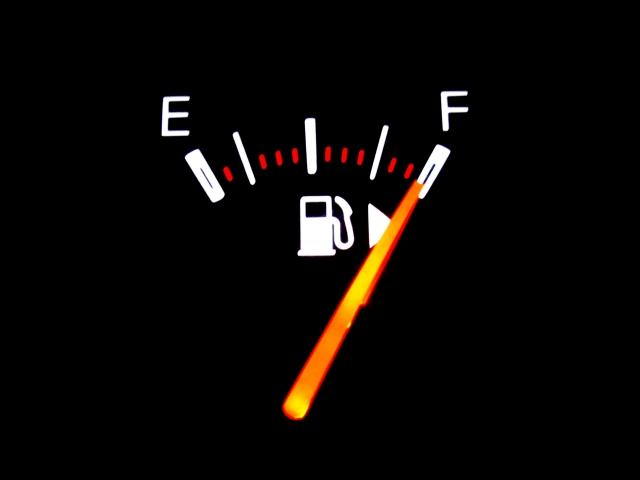 原油に投資するなら何がおすすめか?先物?ETF?海外関連株?
